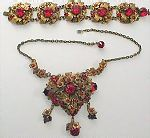 WOW!  What a gloriously glowing necklace and bracelet!!